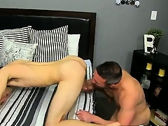 Twinks XXX He gets on his knees and sucks Brock\'s knob befor