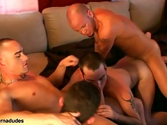 Two skaters and four alt studs get gather up for a group romp.  Johnny becomes slay rub elbows with group hole as Kris Anthony, Enrique Currero, & TJ take turns ramming their cocks procure his frowardness and ass.