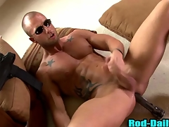 Muscly pornstar cop cums just about his own mouth