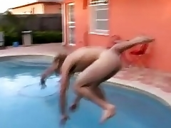 Gay Gets Raunchy Wanking Outdoors