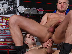 Sebastian Kross & Brendan Phillips in Ride It, Scene 02 - HotHouse